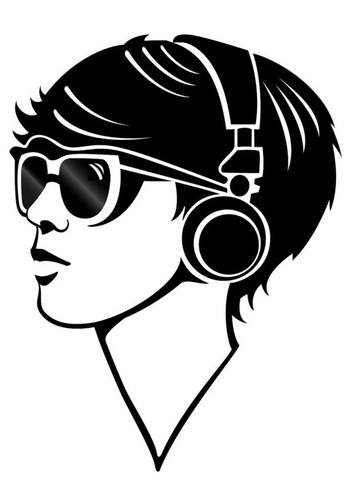 girl-with-headphones-t24673